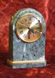 Часы настольные механические «АГАТ»